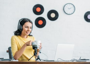 6 STEPS TO PODCAST SPONSORSHIP SUCCCESS